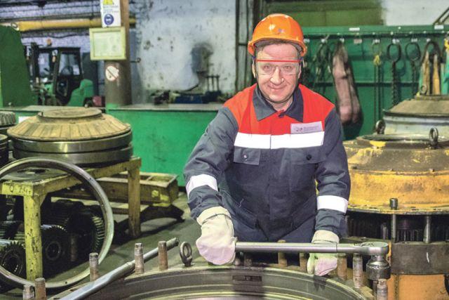 Автослесарь Иван Евланов воспитал несколько поколений профессионалов.