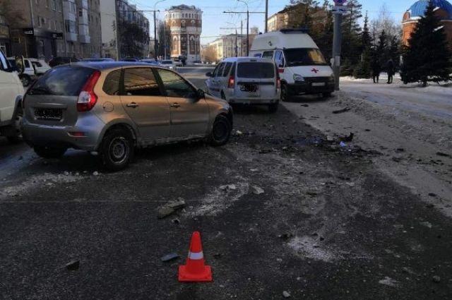 В ДТП в Оренбурге попали два отечественных автомобиля.
