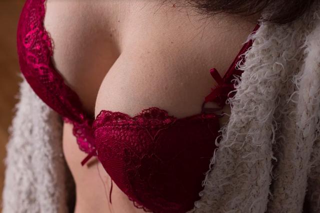 «Люблю женское тело»: Туктамышева объяснила, зачем разделась для Maxim