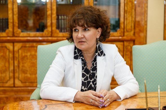 Исполнять обязанности главы министерства будет Александр Комлев.