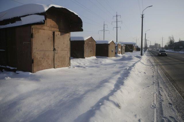 По данным Росреестра, в Псковской области учтены сведения о 13 тысячах гаражей и 10 тысячах земельных участков под ними. При этом не легализованы около 50 тысяч гаражей.