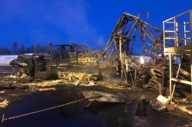 24 февраля при проведении работ по герметизации скважины произошел прорыв нефтепродуктов и внезапное их возгорание