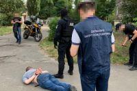 Киевского полицейского обвинили в торговле запрещенными веществами