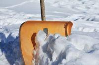 По словам жителей дома № 9, управляющая компания не чистит улицу о снега
