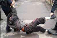 В Сумской области сотрудников полиции подозревают в насилии над задержанным