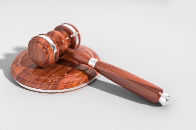 Первое заседание по делу о Карякина и Василенка началось в оренбургском суде в 15:00 второго марта.