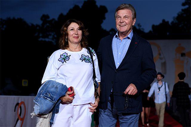 Лев Лещенко с супругой Ириной.