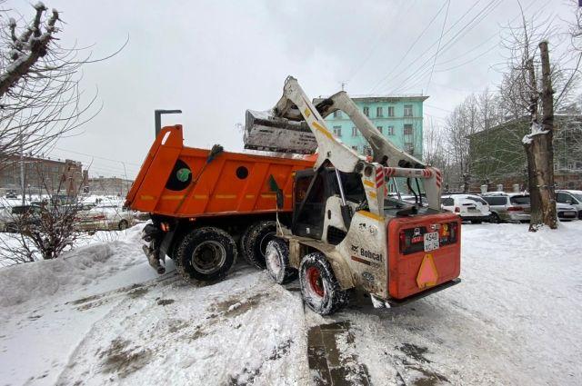 Теперь передвижение каждого КАМАЗа, грейдера и снегопогрузчика может отследить любой желающий.