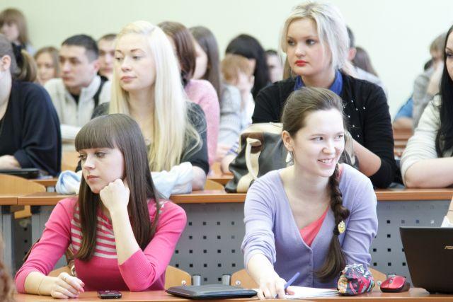 Следователи настаивают: незаконные действия сотрудников вуза повлекли необоснованное выделение университету 1 млн руб.