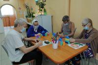 Тюменские пенсионеры проходят курс профилактики возрастных изменений