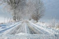 Ограничения по движению на дороге в Оренбуржье были введены из-за непогоды.