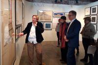 Елизавета Лихачёва провела для Ивана Романова экскурсию по выставке в музее, где представлены в том числе работы архитектора Мельникова.