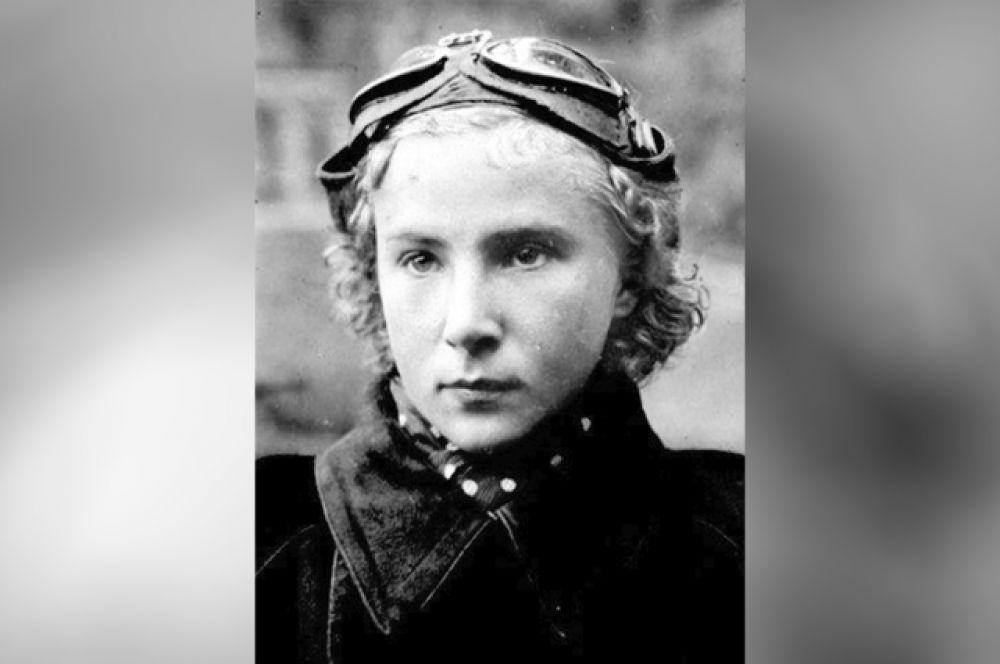 Лидия Литвяк получила прозвище «Белая лилия Сталинграда»