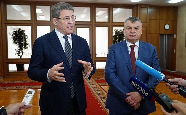 Уфу посетил экс-министр обороны, топ-менеджер Ростеха Анатолий Сердюков