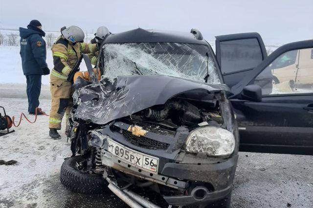 МЧС Оренбуржья сообщило новые подробности о пострадавших в ДТП на трассе Казань – Оренбург – Акбулак.