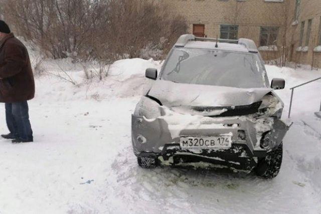 Водитель выжил, а пассажир погиб.
