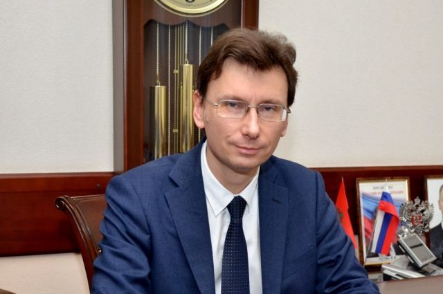 Министр образования Оренбургской области Алексей Пахомов 19 марта сдаст ЕГЭ по русскому языку.