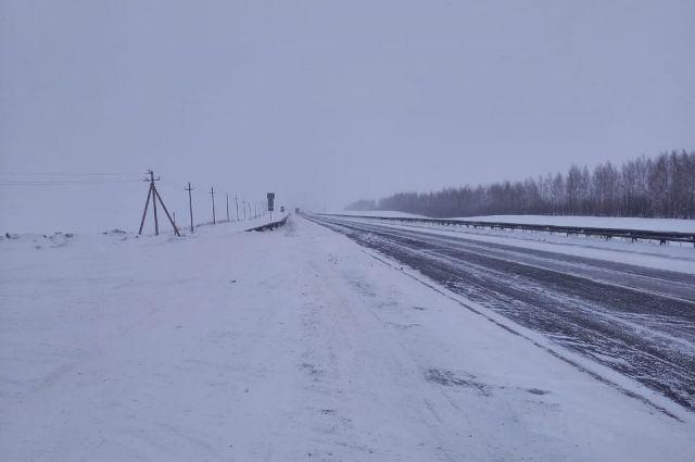В Оренбургской области полностью открыли движение всех видов транспорта на участке федеральной трассы М-5 «Урал».