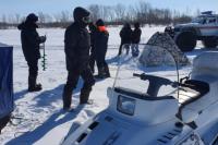 Оренбуржцы на Ирикле пытались скрыться от сотрудников рыбнадзора.