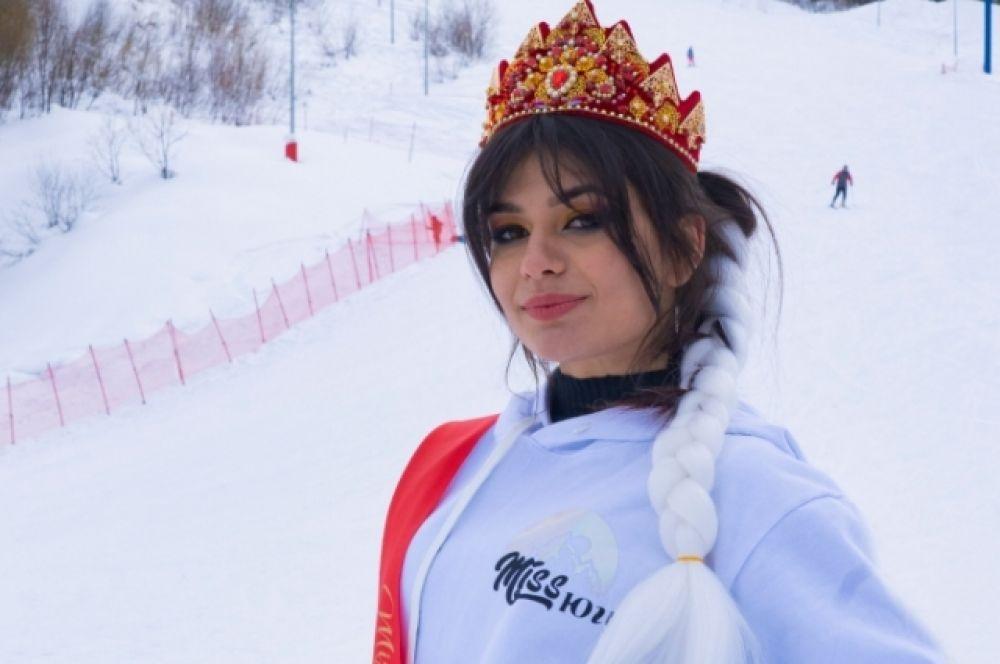 Корона досталась 25-летней Айзе Алексеевой