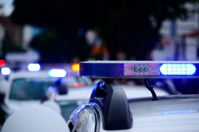 В Бугуруслане сотрудники ГИБДД преследовали автомобиль.В Бугуруслане сотрудники ГИБДД преследовали автомобиль.