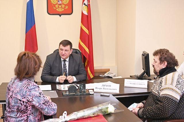 Игорь Ляхов пообещал оказать помощь в реализации памятного проекта.