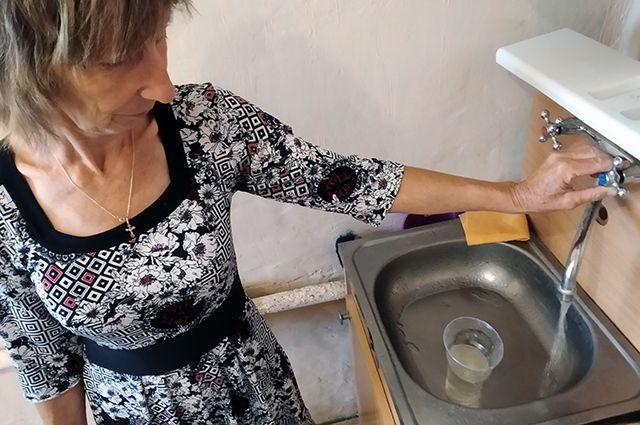 Причина грязной воды в Октябрьском районе в том, что УК Эдельвейс делала настройку ИТП.