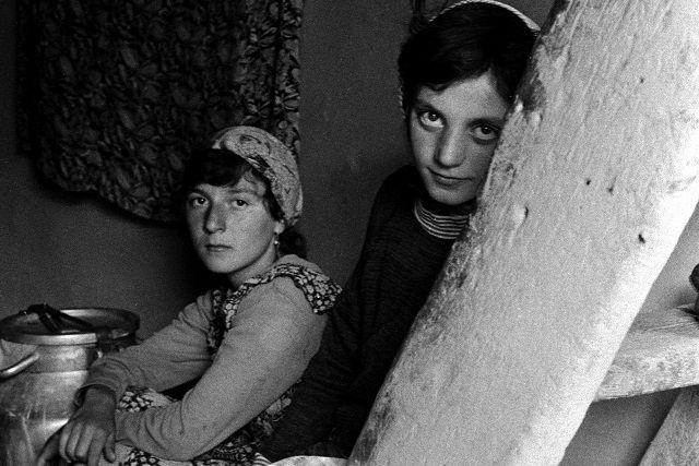 Кавказским девочкам с детства дают понять, что они - на вторых ролях
