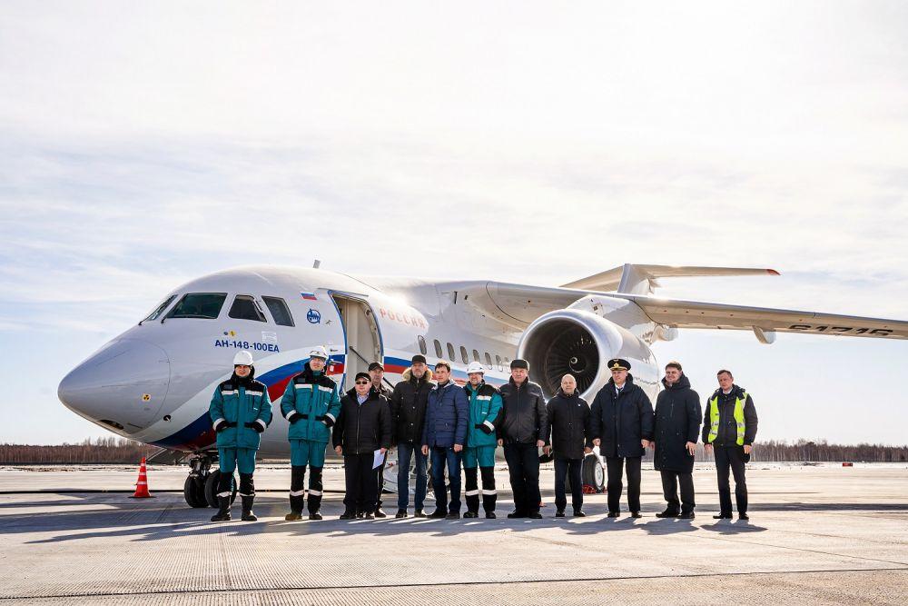 Первый самолет, приземлившийся в аэропорту Тобольска, технический рейс, март 2020.