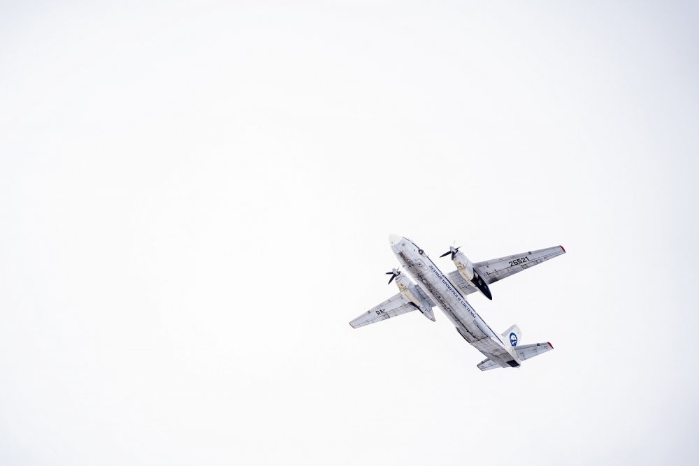 Самолет-лаборатория тестирует аэронавигационное оборудование в строящемся аэропорту Тобольска, март 2020.