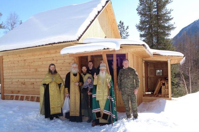 Жилище освятил предстоятель Русской православной старообрядческой церкви.