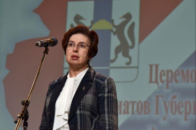 Ирина Мануйлова призналась, что допустила оговорку: заместитель губернатора имела в виду окладную часть, а не целую зарплату.
