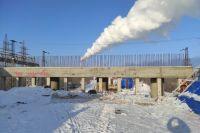 Деньги на завершение строительства моста на улице Конституции СССР выделят из федерального бюджета.