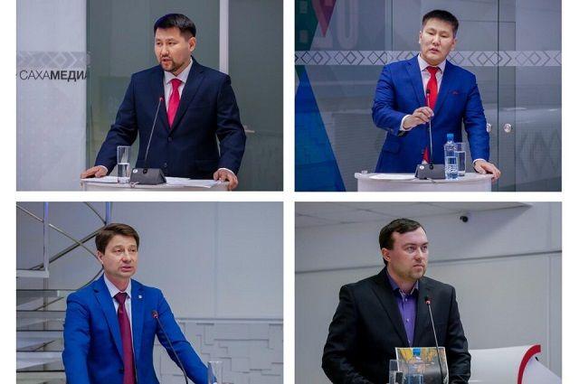 Прямая трансляция дебатов велась на сайтах ysia.ru, yakutia-daily.ru, edersaas.ru, YouTube-канале «Сахамедиа» и в соцсетях.