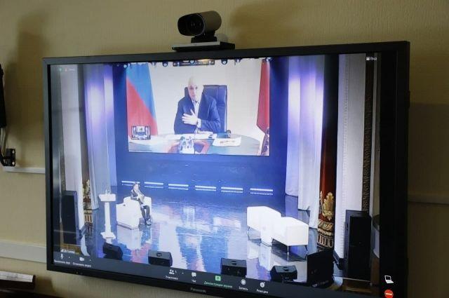 Во Дворце культуры Салаира состоялось 18-е заседание Парламента Кузбасса.