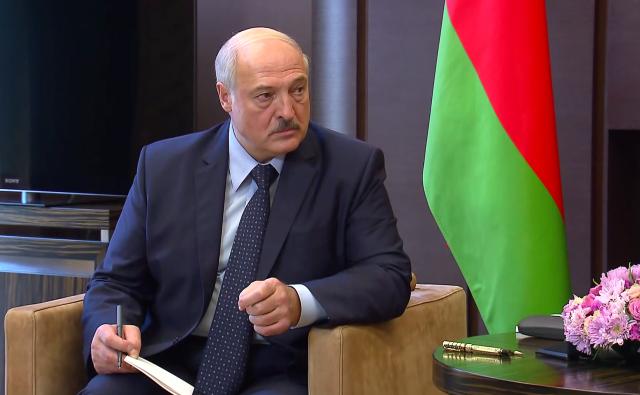 Лукашенко рассказал о работе комиссии по внесению изменений в конституцию