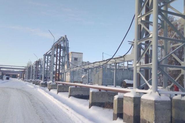 В индустриальном парке построили асфальтовые дороги, три электростанции.