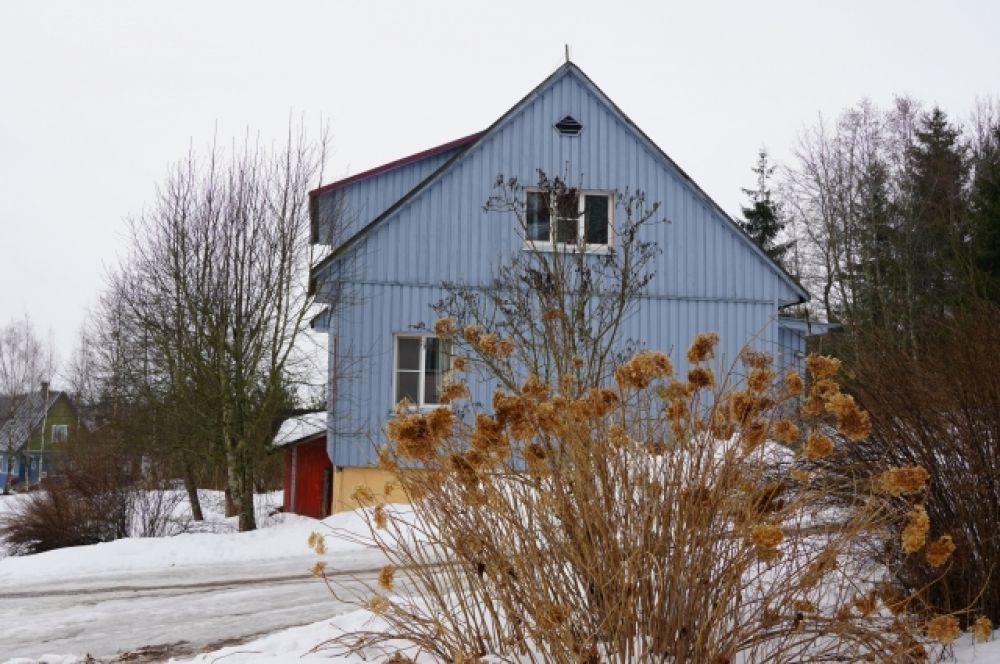 Деревня «Светлана» сильно отличается от остальных деревень.