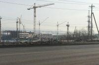 На Бугаче школу строят рядом с электроподстанцией.