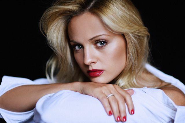 Актриса Янина Студилина.