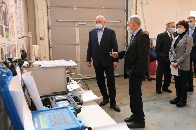 Губернатор поручил ученым усилить сотрудничество с вузами региона.