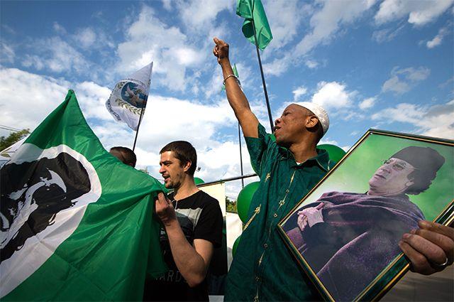 Сторонники Муаммара Аль-Каддафи.