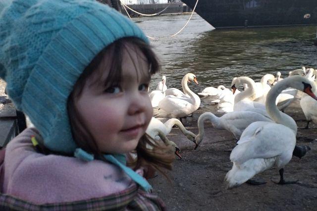 Двухлетней Люсе Лебедевой из Балтийска необходимы обследования