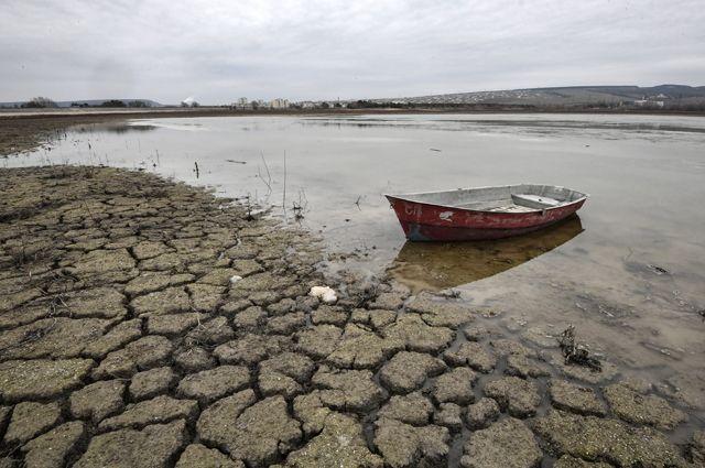 Бахчисарайское водохранилище в Крыму.