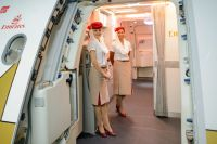 Стюардессы авиакомпании Объединённых Арабских Эмиратов.