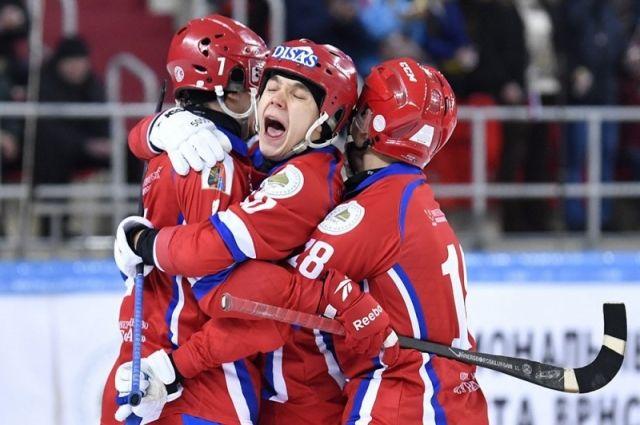 Красноярцы выиграли у московского «Динамо» со счетом 4:2.