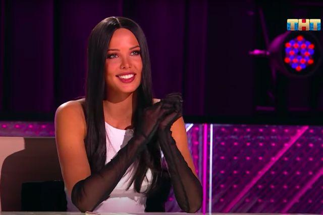 Анастасия Решетова в роли ведущей «Ты — топ-модель».