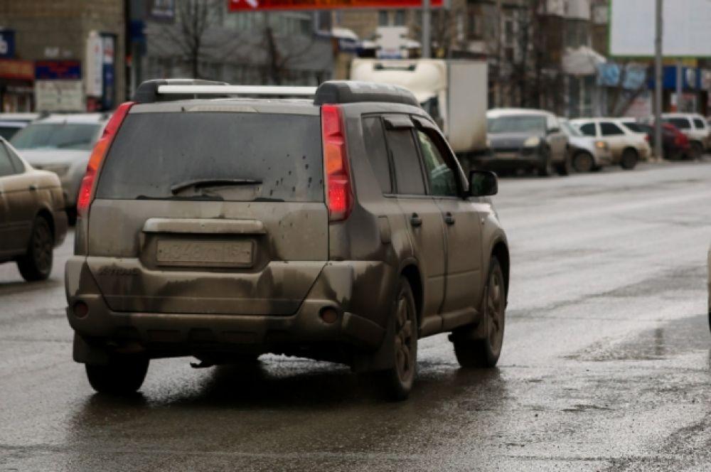 Автовладельцам приходится несладко.