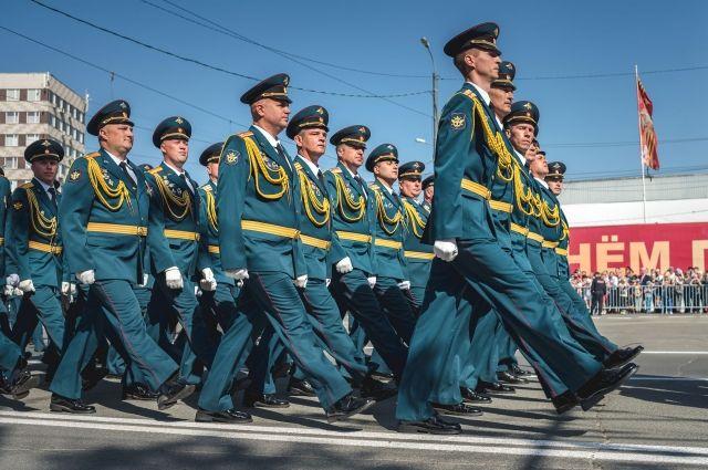 Военные из Оренбургской области начали готовиться к Параду Победы.