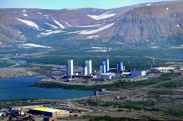 Ученые разработали план изучения арктической промышленной зоны на лето.